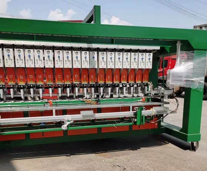 扬州土工格室焊接机生产线